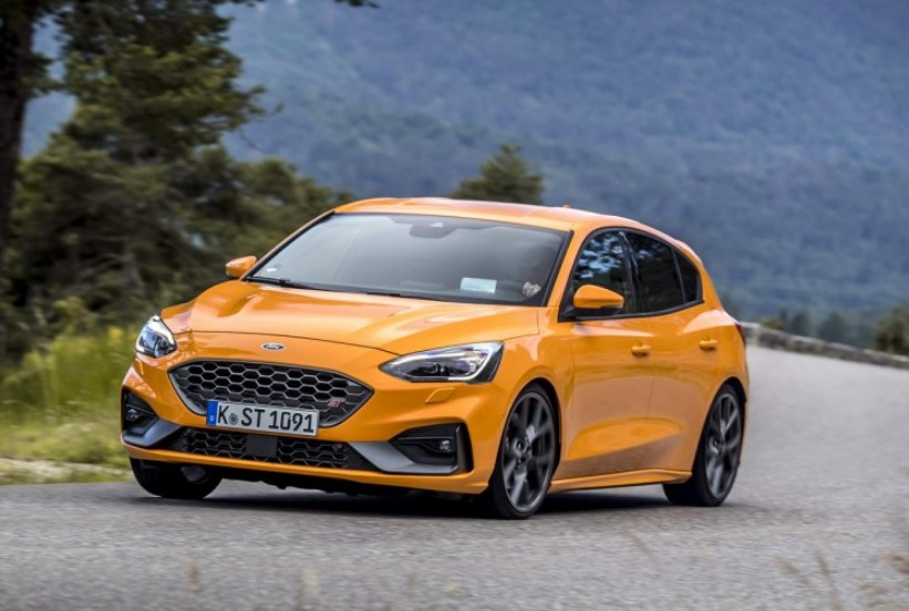 New 2020 Ford Focus ST hatchback Redesign